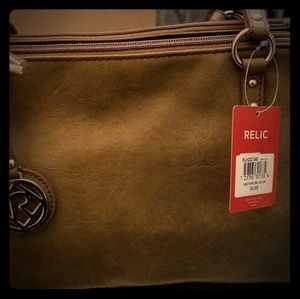 New with tags, Relic olive green purse